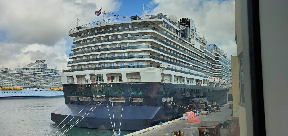Nieuw Statendam at Terminal 26 in Port Everglades