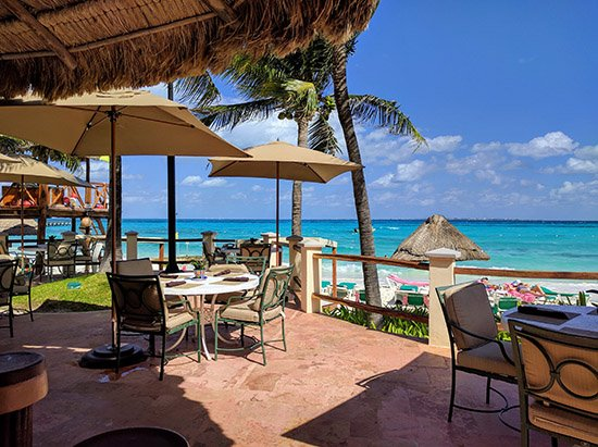 One of the restaurants at Grand Fiesta Americana Coral Beach