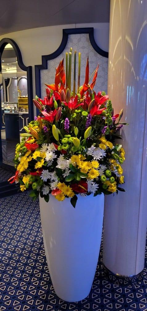 A Beautiful Live Flower Arrangement Near the Grand Dutch Cafe on Nieuw Statendam