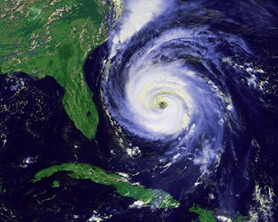 sat imagery of a hurricane approaching FL