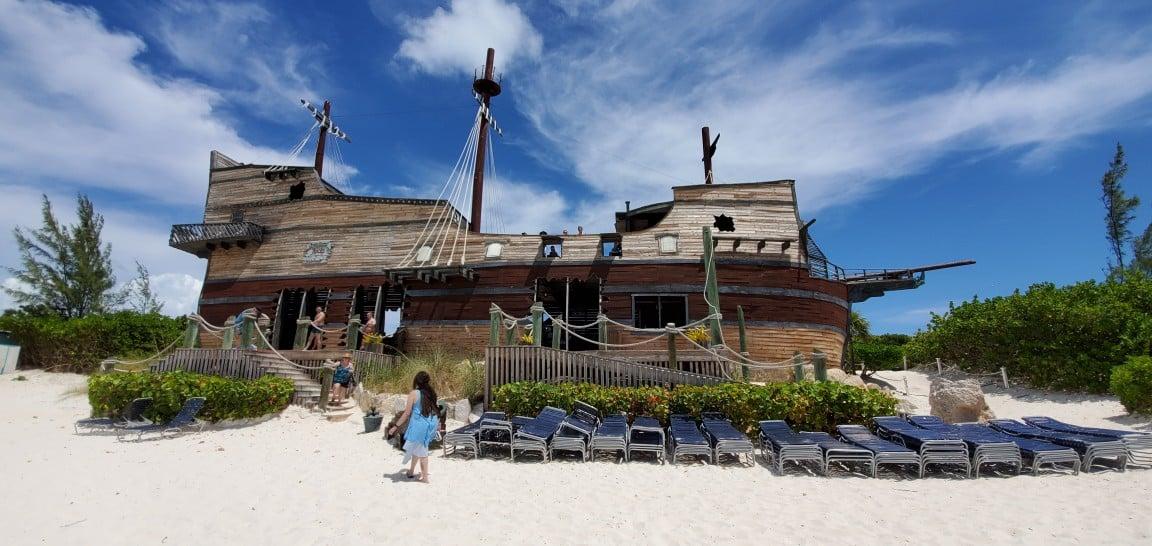 Pirate Bar at Half Moon Cay