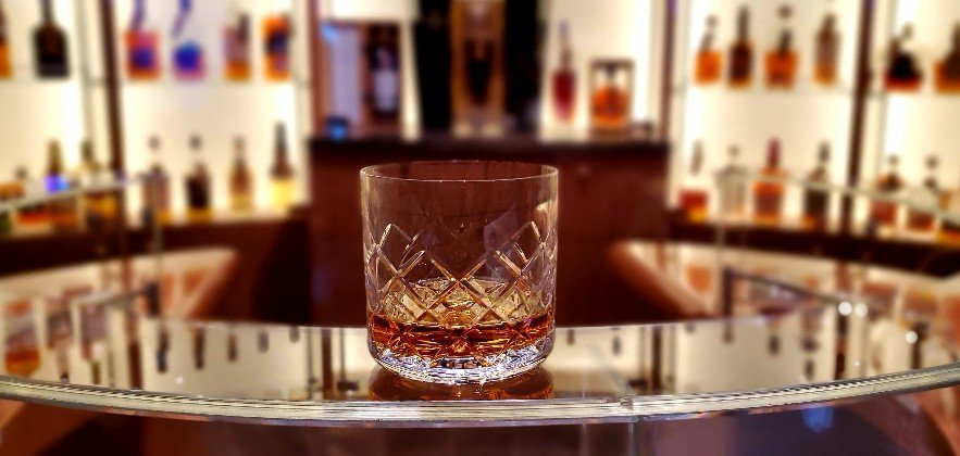 Lagavulin 16 at Notes on Holland America Line's Nieuw Statendam