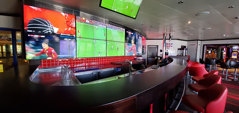 Skybox Sports Bar on Carnival Conquest